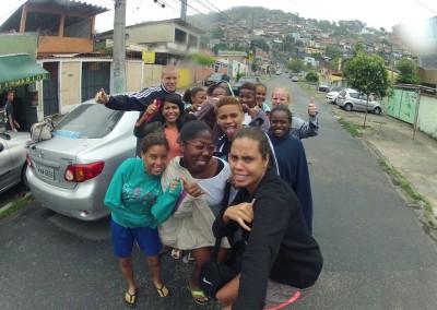 favela-soccer-girls (7)-min