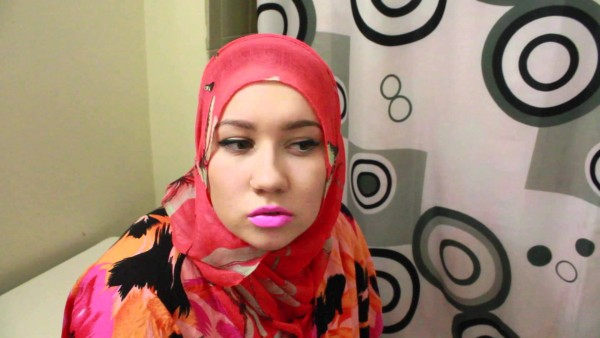 """3 Things You Should Know About My Hijab."" Kayf Abdulqadir (one of the filmmakers)"