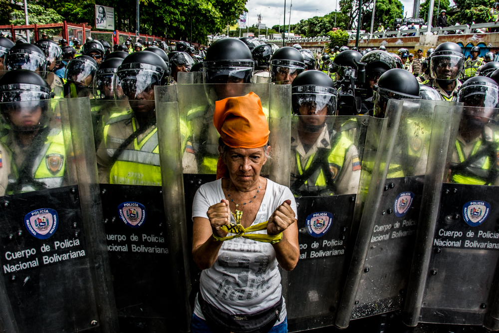 "Women in Venezuela: a Mirage Called ""Feminist Revolution"""